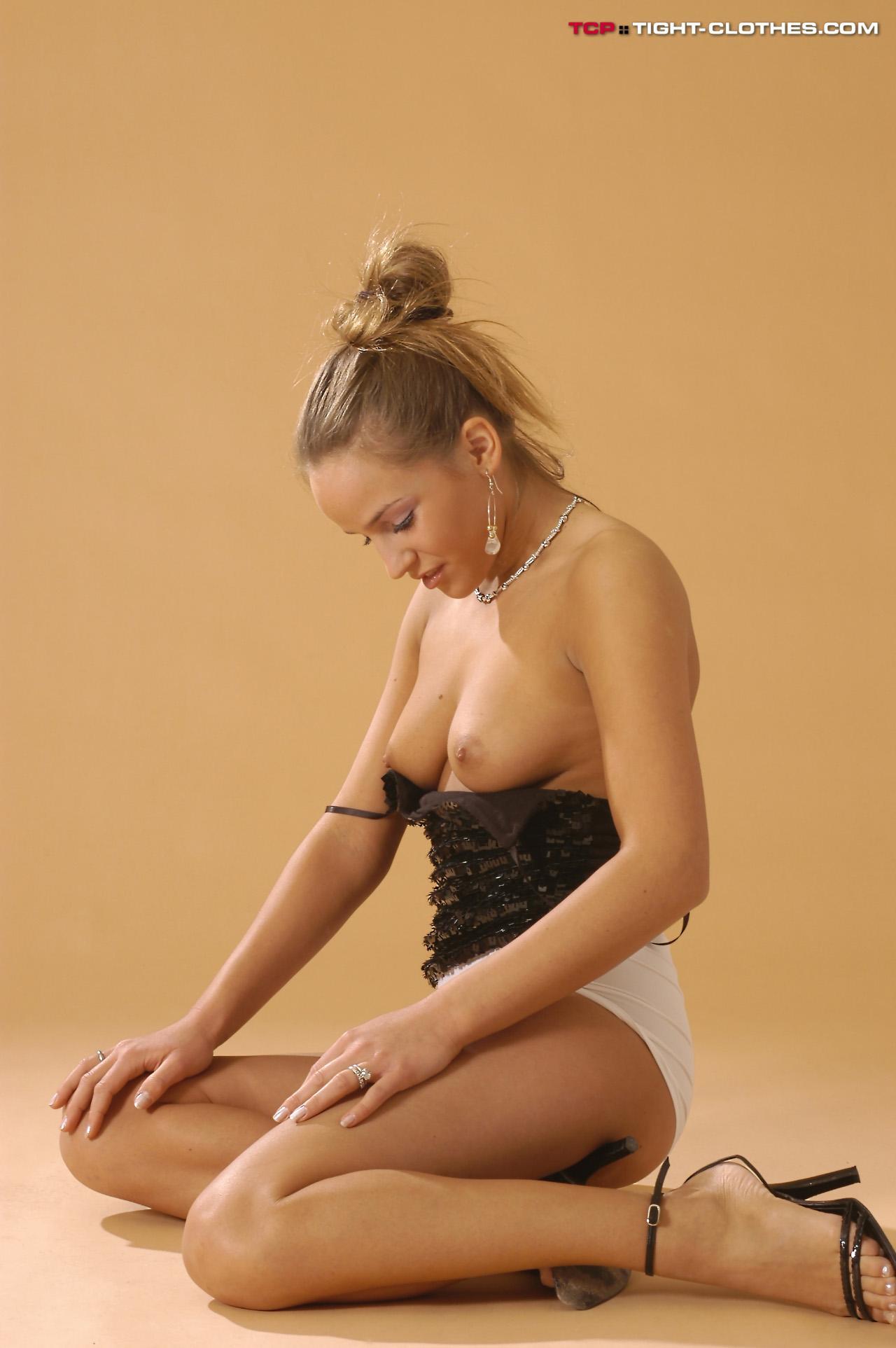 kontakt sex massage vestegnen langt hår til  kvinder